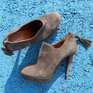 Gucci Betty Mid Heel Suede Ankle Boots